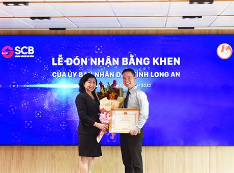 le don nhan bang khen ubnd longan